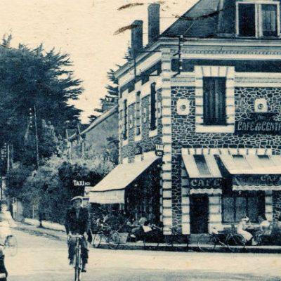 Ancienne photo de l'établissement café Le Centre à St Nazaire