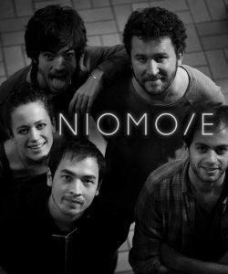 Le groupe Niomoye jouent au Centre à Saint Nazaire