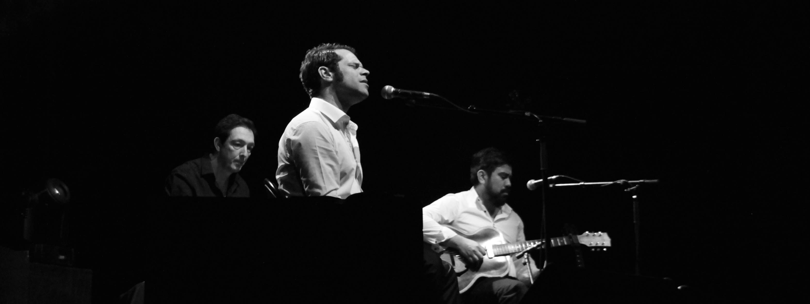 Kevin Doublé, Eric C et Franck Thomelet en concert, ils viennent au café-concert Le Centre en Février à Saint Nazaire.
