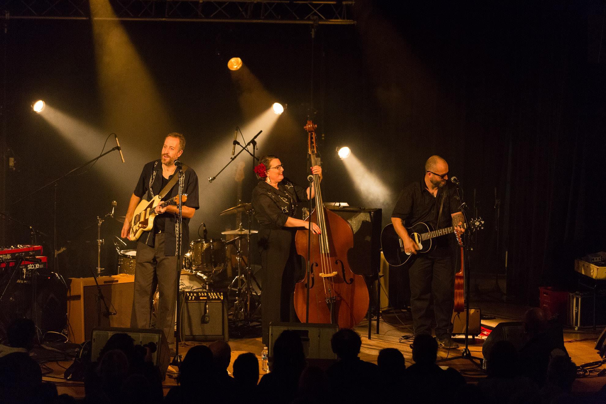 Three Gamberros qui vont jouer au café-concert Le Centre à Saint Nazaire
