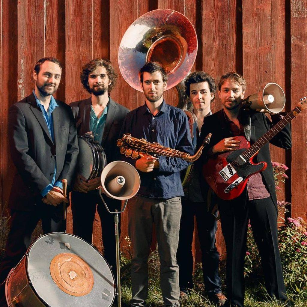 Membres de OLIBA International, groupe qui vient jouera café-concert Le Centre à Saint Nazaire