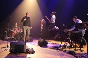 Pheroce, groupe de rock electro, live sur la scène du café Le Centre aà Saint-Marc-sur-Mer