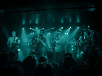 Marabout Orchestra, afrobeat sur la scène du café-concert Le Centre à Saint-Marc-sur-Mer