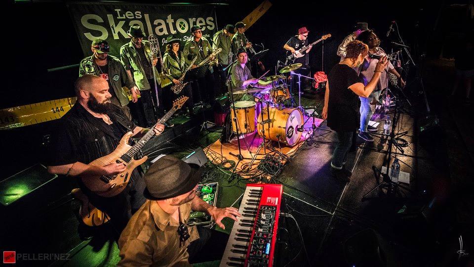 Le groupe nantais de ska/rocksteady en concert au café restaurant Le Centre à Saint-Nazaire.